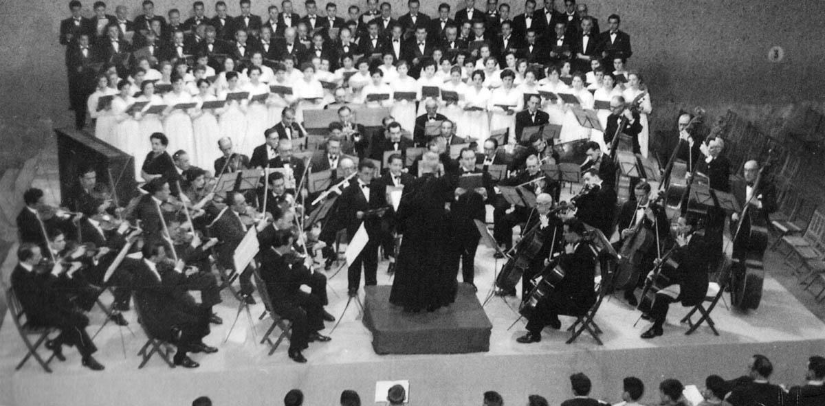 mutuavenir orquesta santa cecilia y orfeon pamplones bodas de oro 1955